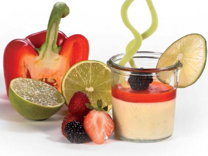 Limetten Panna Cotta mit rotem Karamell-Paprika im Weckglas 80 ml, 12 Stück